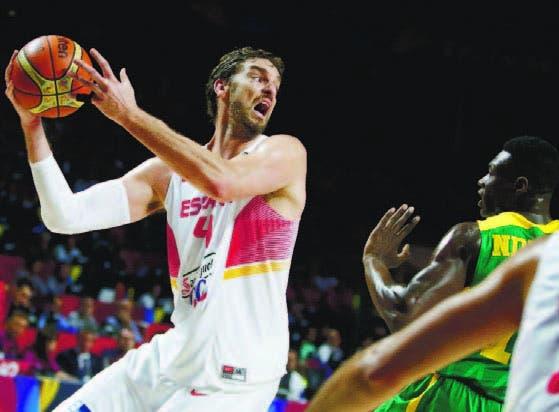 Paul Gasol en plena acción Basket. Fuente externa