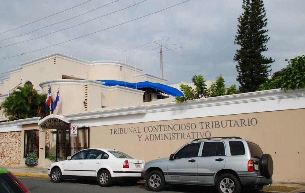 Denuncian traslado de jueces que votaron a favor de Loma Miranda