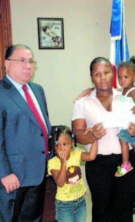 MIP resarce familias agentes caídos