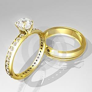 Hombre recupera anillo perdido 37 años después.