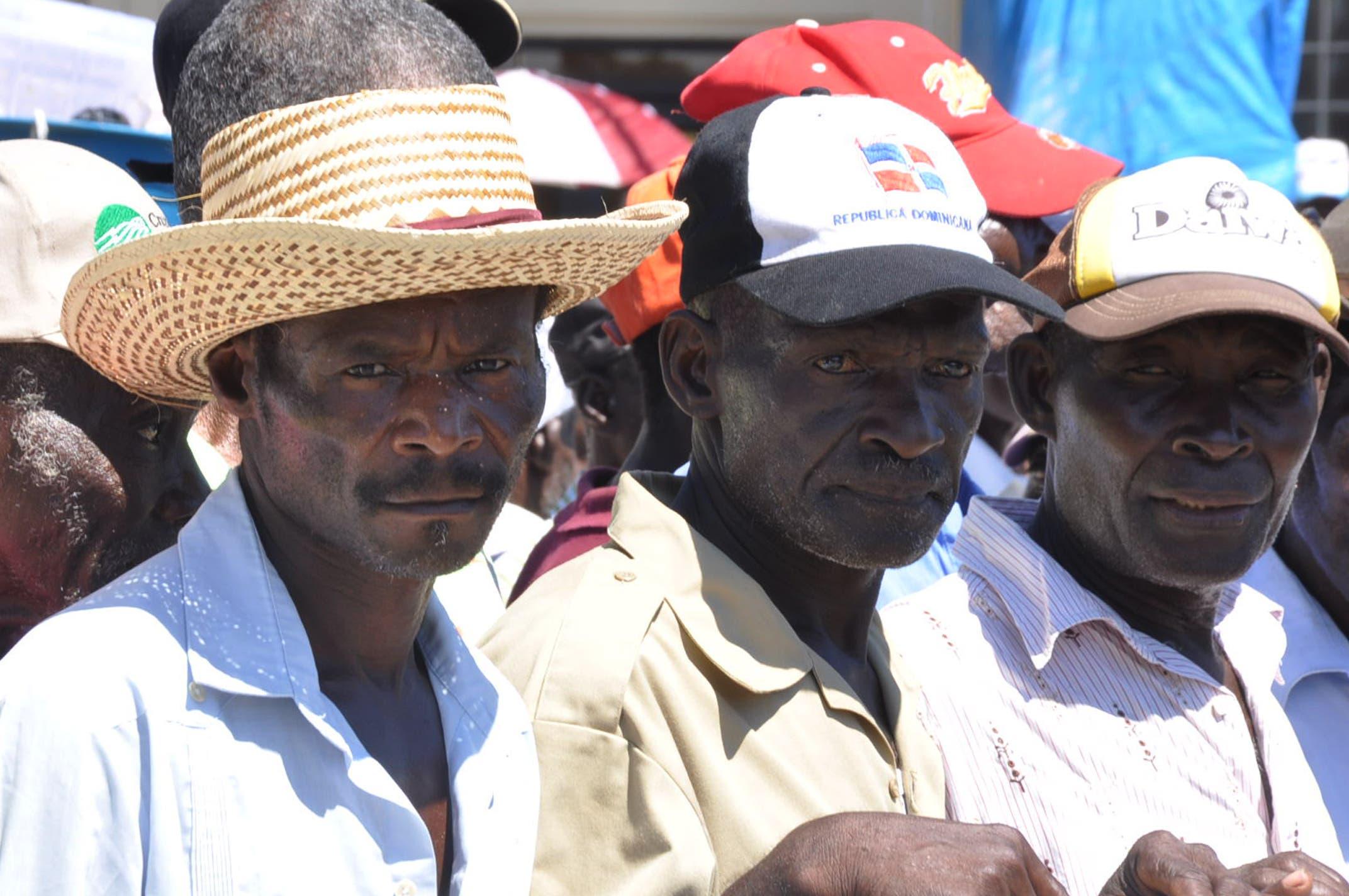 Cientos de cañeros marcharon hacia Embajada de Haití; exigen documentos