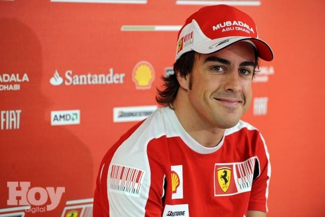 El piloto español Fernando Alonso (Ferrari) ..