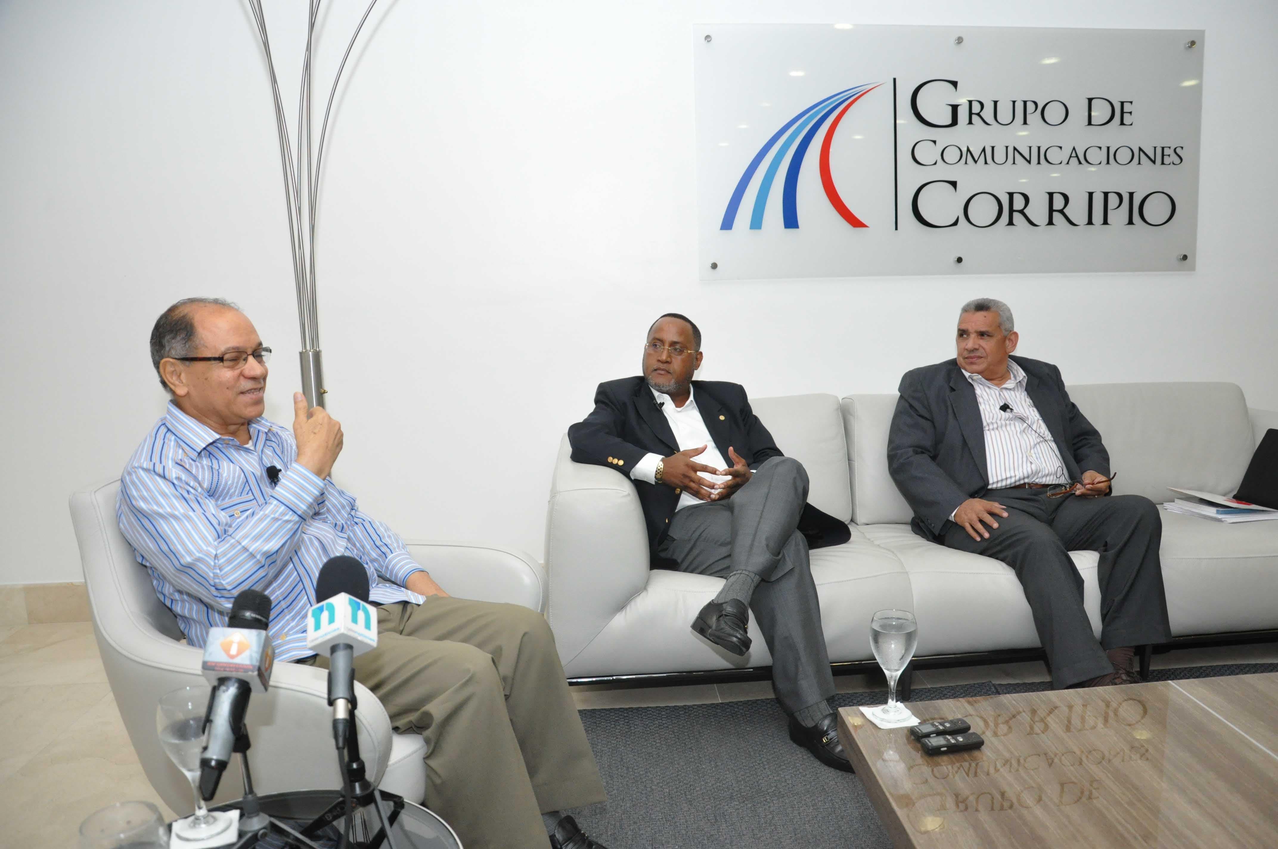 Sindicalistas llevarán inconformidad aumento salarial a Organización Internacional del Trabajo