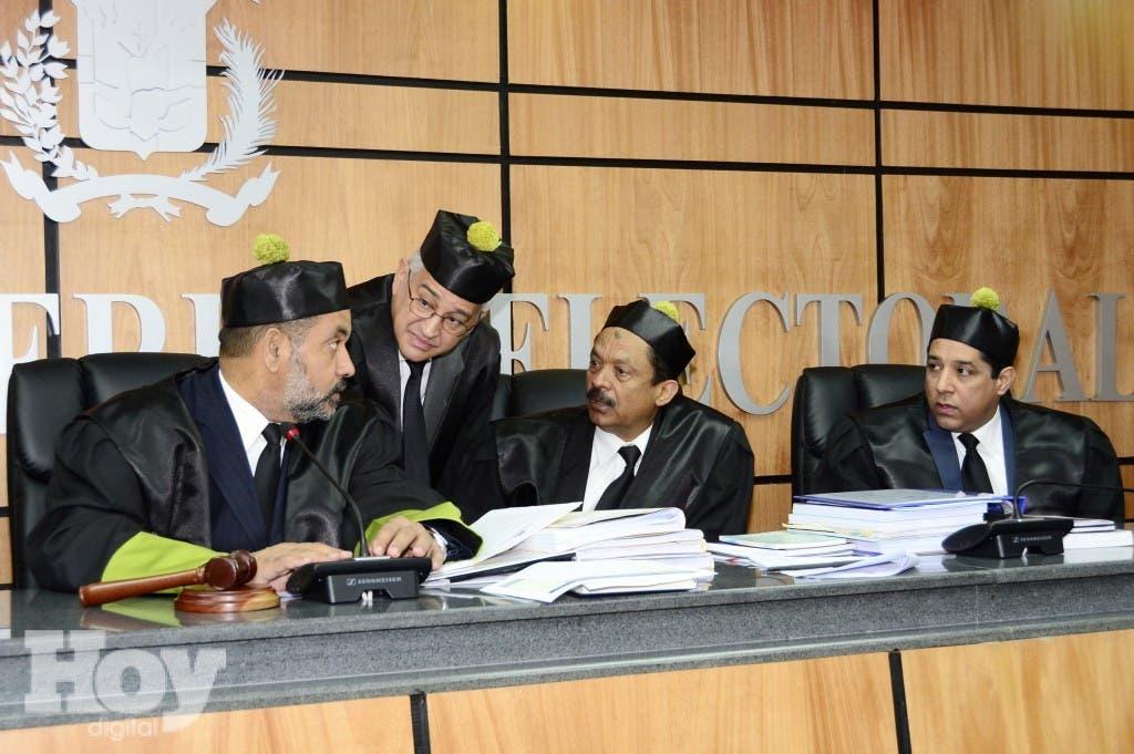 Jueces del Tribunal Superior Electoral. Fuente externa