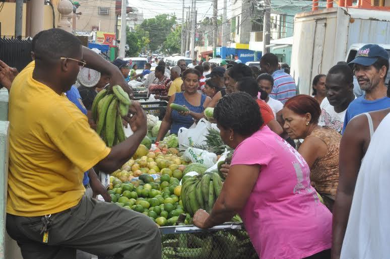 Federación Dominicana de Comerciantes admite productos canasta familiar han tenido incremento de precios de 50%