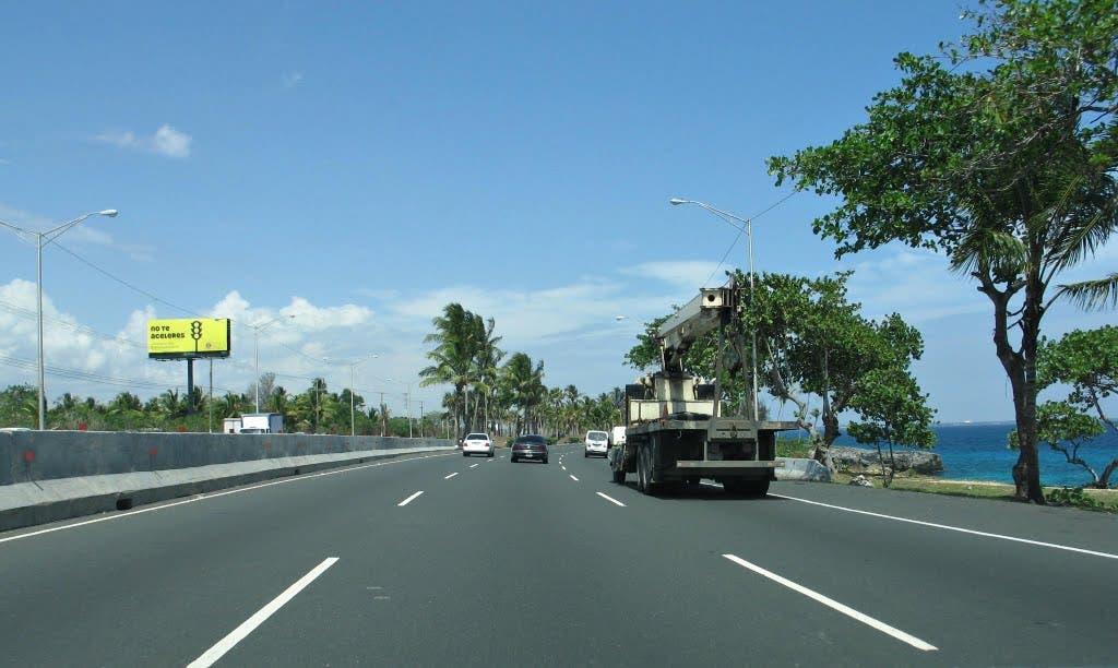 Autopista de Las Américas.  Archivo.