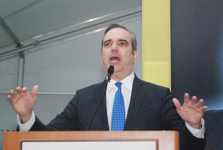 Abinader viajará a Puerto Rico para presentar sus aspiraciones políticas