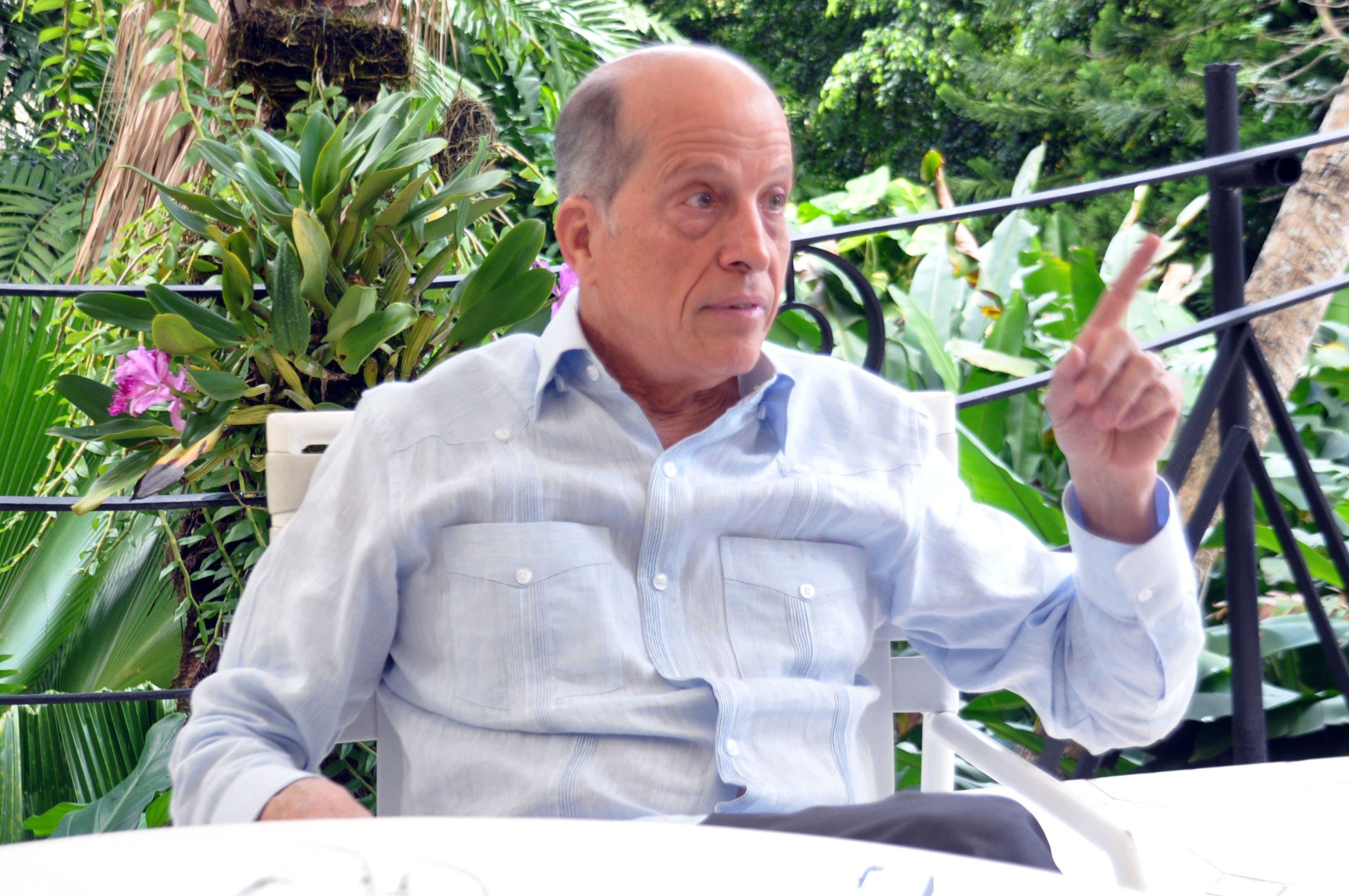 «Hay gato entre macuto», dice Max Puig de cobro adicional que hace Odebrecht al Gobierno