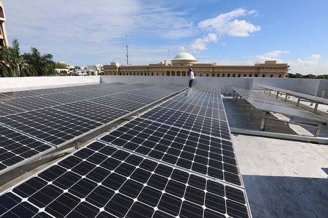 Se prevé que el crecimiento de energía solar en  países en desarrollo será rápido y desplazará a los combustibles fósiles