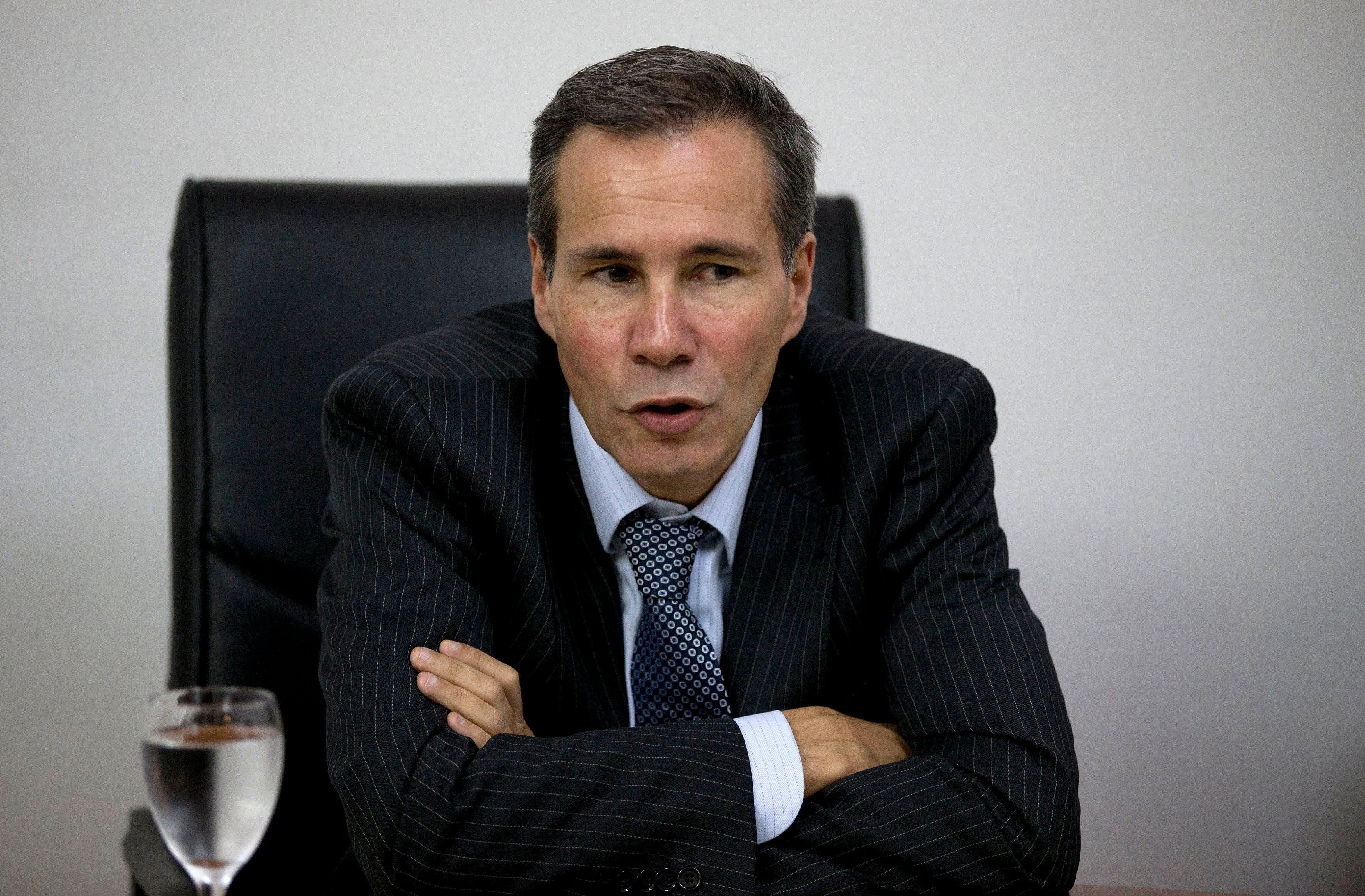 Gobierno argentino denuncia a abogado por publicar foto de cadáver de Nisman
