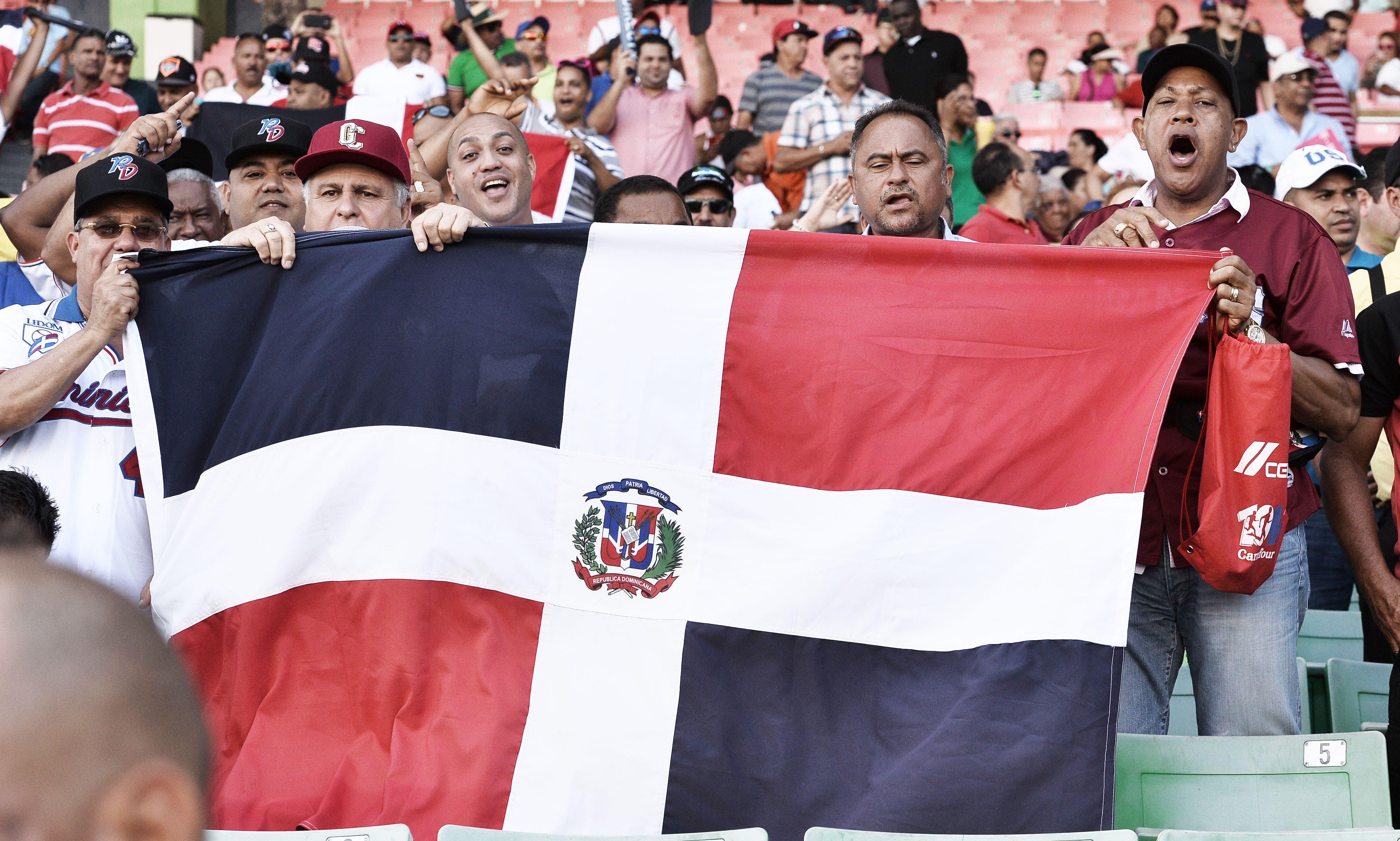 Dominicanos en Puerto Rico recibirán asesoría para conseguir ciudadanía