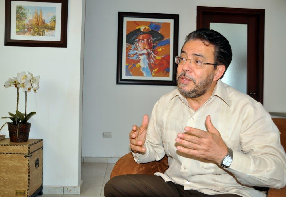 El País / Entrevista al Dr. Guillermo Moreno, Candidato Presidencial de Alianza País / Hoy / Francisco Reyes / 27 / 01 / 2015 /