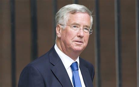 Ministro británico niega que empresas tengan que identificar a extranjeros