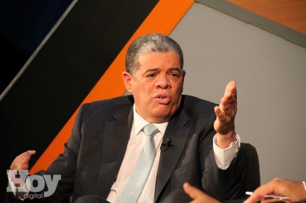 Ministro de Educación, Carlos Amarante Baret.