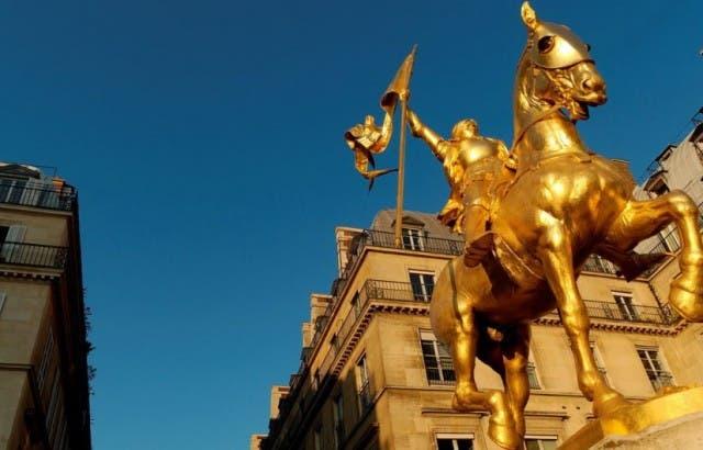 Estatua-de-Juana-de-Arco-Destacada-640x410