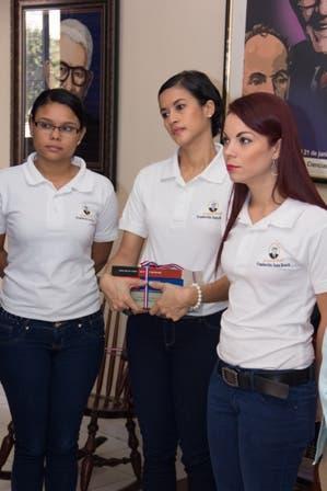 FOTO FJB EMBAJADOR ECUADOR