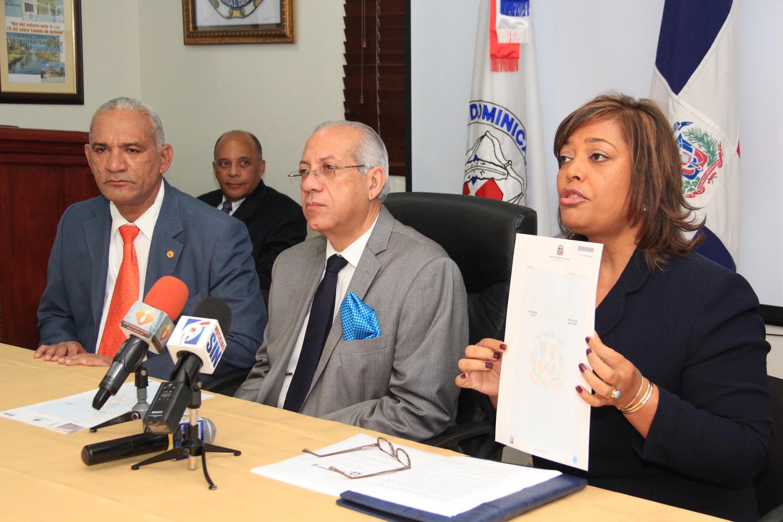 Comité de Lavado Activos afirma papel notarial reducirá uso dinero criminal