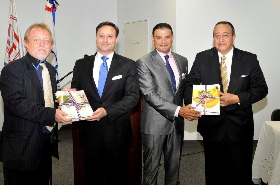 Henri Hebrard, Jean Alain RodrÃ-guez, Andrés Vanderhorst y Oscar Hernández