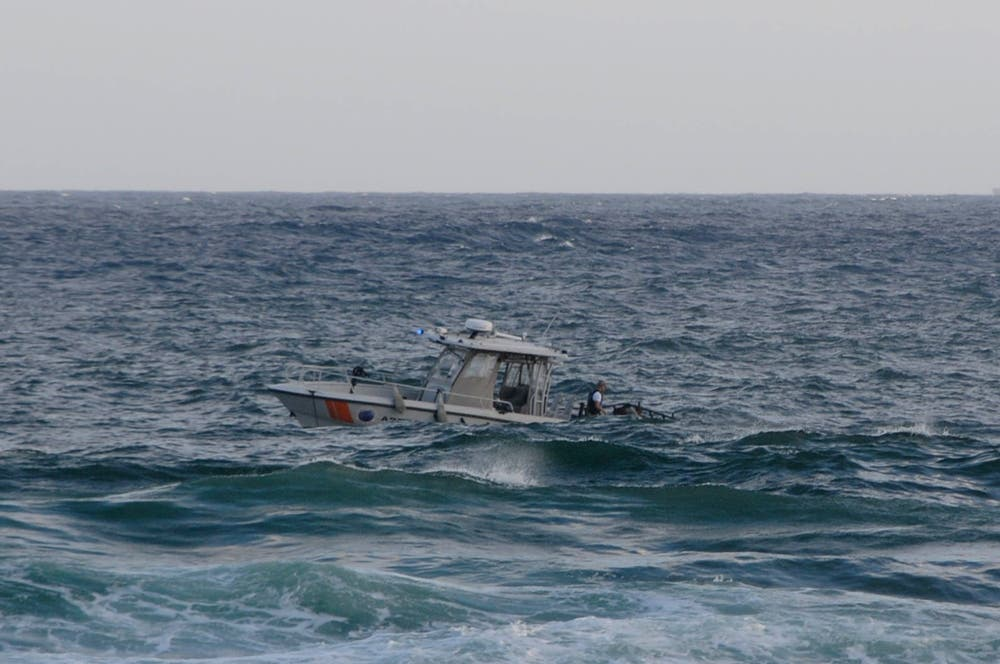 La embarcación de la Marina usada en el rescate. Foto HOY/Alina Mieses.