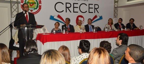 "Modesto Guzmán en lanzamiento página web de la ""Corriente Renovadora Podemos Crecer por Balaguer""."