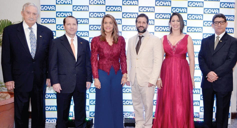 Goya Galardones a sus mejores vendedores del 2014