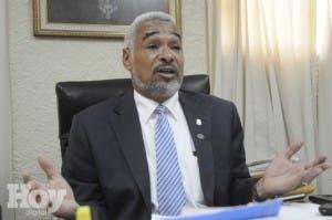 Radhamés Camacho: Es ilegal la ordenanza de Educación para designar directores