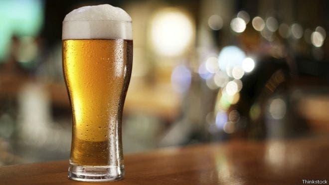 El misterioso caso del hombre que se emborrachaba con «cerveza» que producía su propio organismo