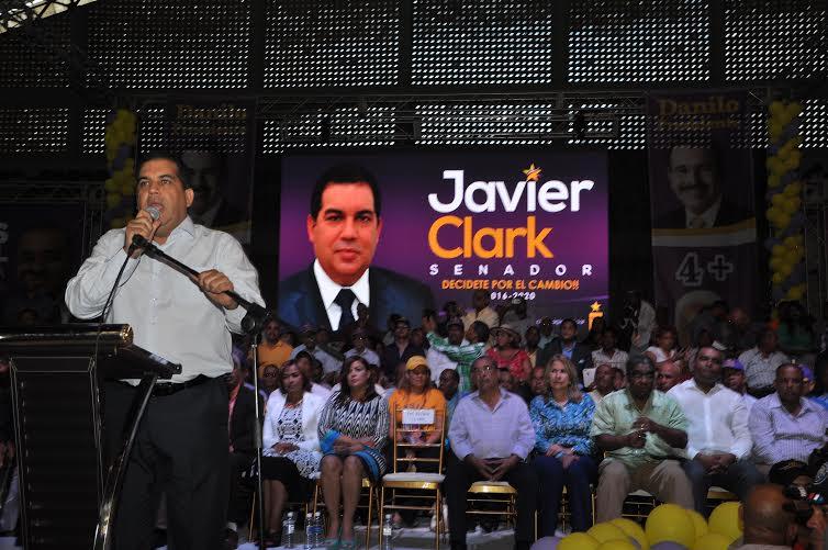 Diputado Javier Clark.