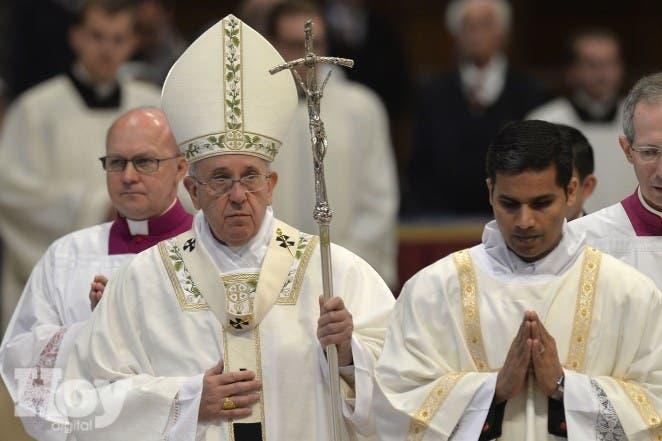VATICAN-POPE-MASS-MAUNDAY-THURSDAY