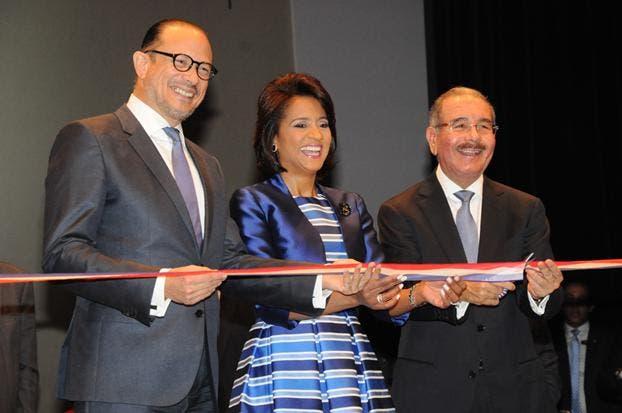 El presidente Danilo Medina en una pasada inauguración de la Feria del Libro.