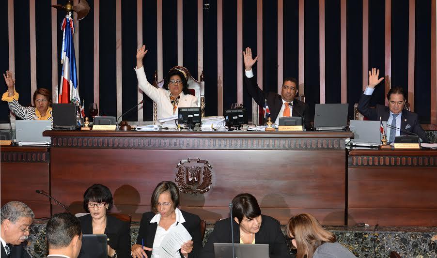 El Senado dominicano aprobó el Tratado de Extradición entre República Dominicana y los Estados Unidos de América, que entrará en vigor tras el intercambio de los instrumentos de ratificación, informó hoy ese ente legislativo, archivo