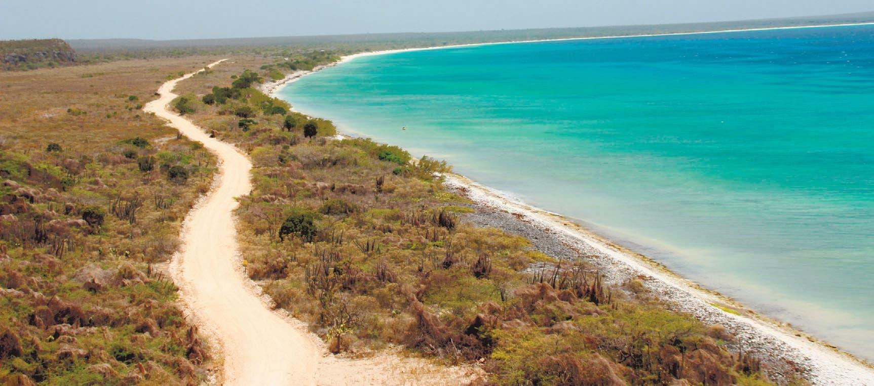 Pedernales apoya desarrollo turístico según encuesta