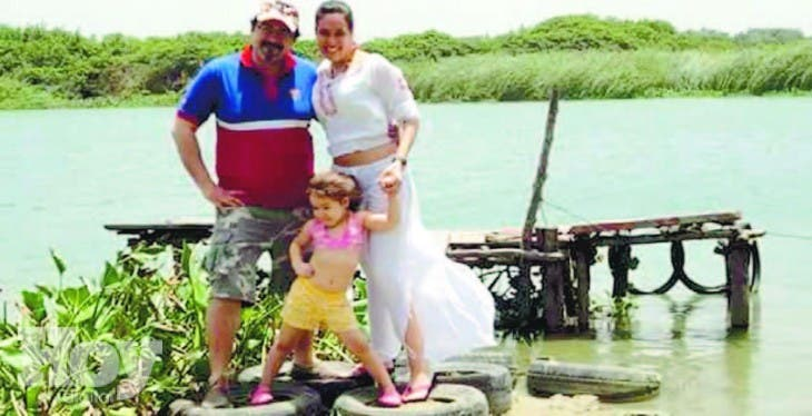 30_06_2015 HOY_MARTES_300615_ El País8 A