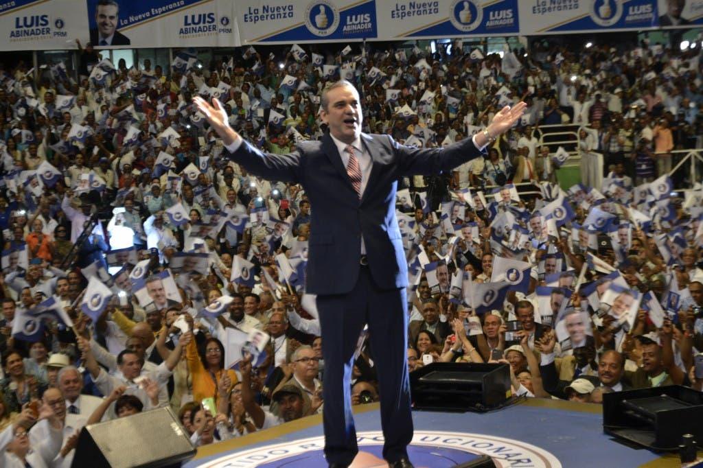 Foto de Luis durante el acto de proclamacion 1