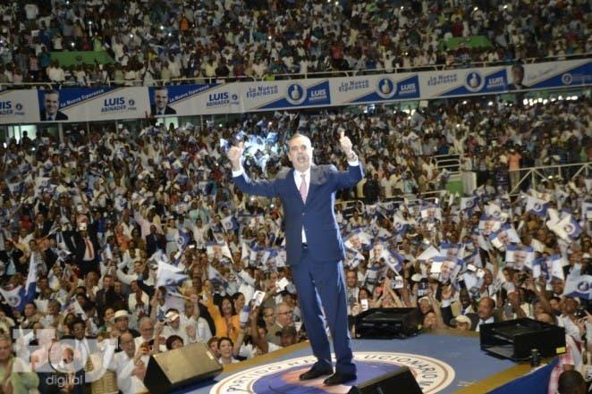 Foto de Luis durante el acto de proclamacion 2