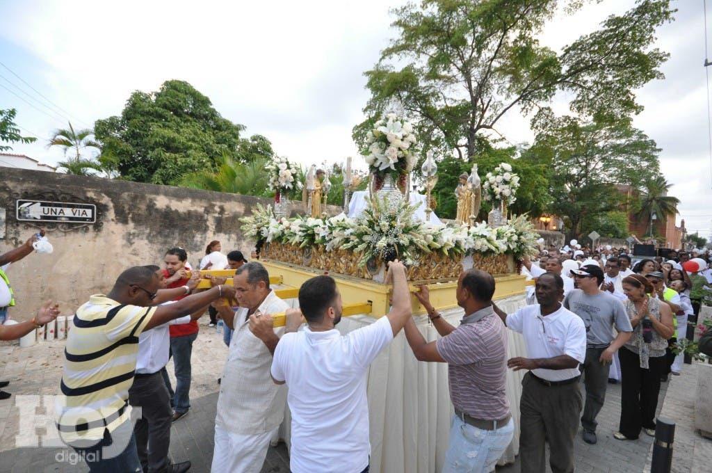 Los se realizan diferentes actos religiosos en el Día de Corpus Christi en la Zona Colonia y la Cátedral Primada de América. Foto HOY/ Pedro Sosa