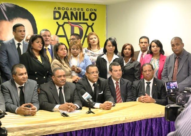 En una rueda de prensa, miembros del movimiento expresaron que apoyan la repostulación de Danilo Medina  por entender que está llevando a cabo un Gobierno que ha sembrado las bases para alcanzar una sociedad más justa. Fuente externa.