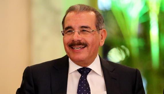 Danilo Medina 17