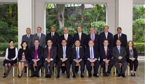Hector Valdez Alvizu en el Salvador