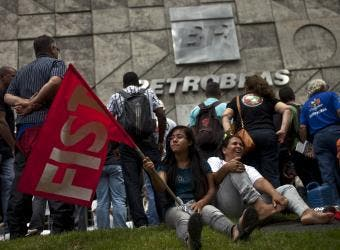 Petrobras Huelga Bloomberg