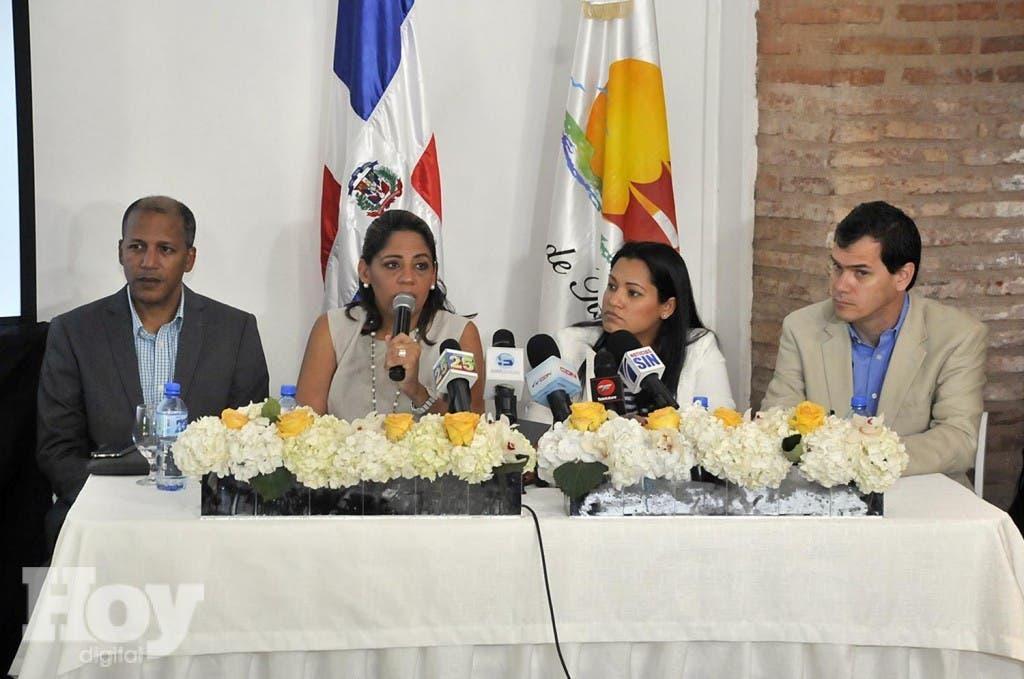 Wilfredo Diaz, Maribel Villalona, Idalia martinez y Alejandro Suarez (PRINCIPAL) 0
