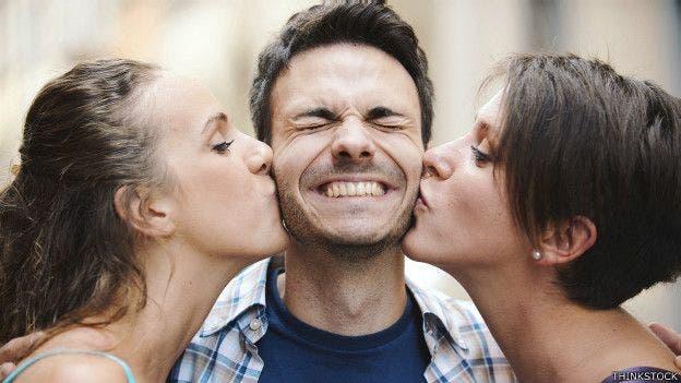 Besar o no besar: la etiqueta del saludo en diferentes partes del mundo