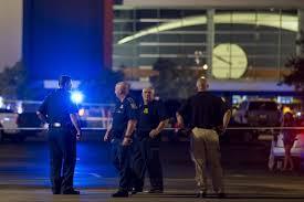 El tiroteo se produjo en momentos en que un jurado del estado de Colorado delibera si condena a muerte a un joven que admitió su culpabilidad, fuente externa.