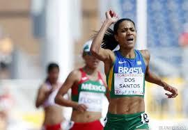 Juliana Dos Santos se colgó este martes la medalla de oro en los 5000 m femenino, fuente externa