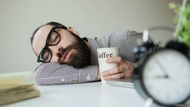 Esta no es precisamente la siesta ideal, según las expertas, BBC Mundo