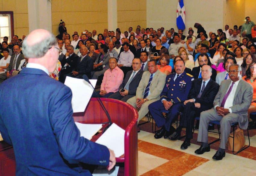 21_08_2015 HOY_VIERNES_210815_ El País8 E