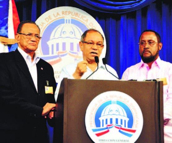 Congresistas critican pensiones de 75 mil y 50 mil pesos a sindicalistas