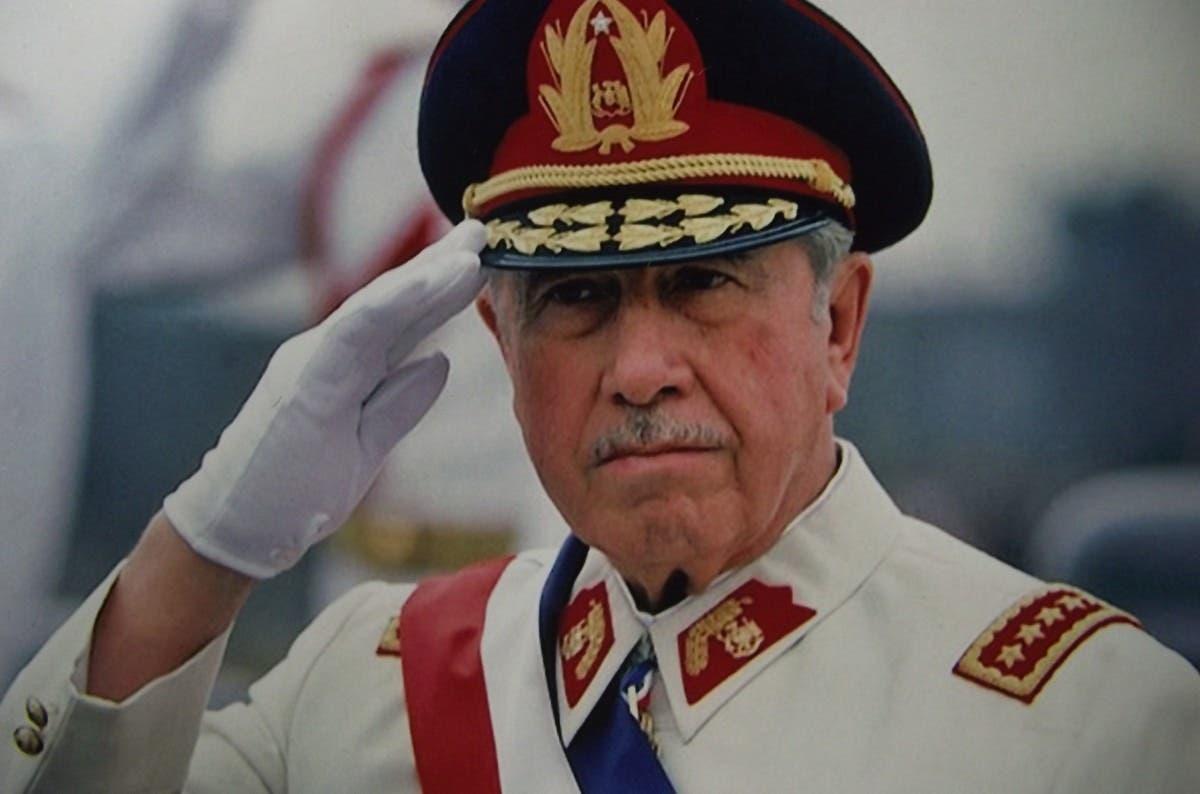 Augusto-Pinochet (1)