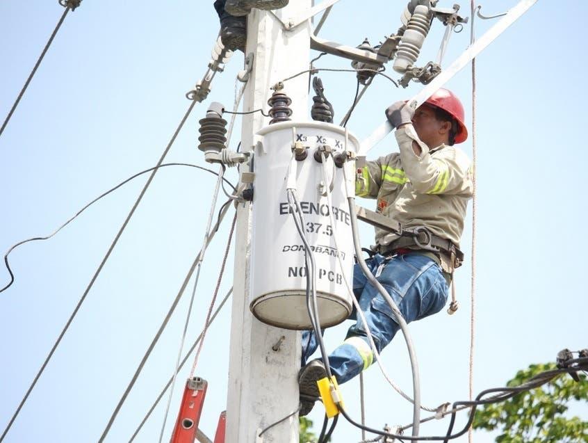 EDENORTE: lluvias dejan sin energía al menos a 230 mil en zona norte del país