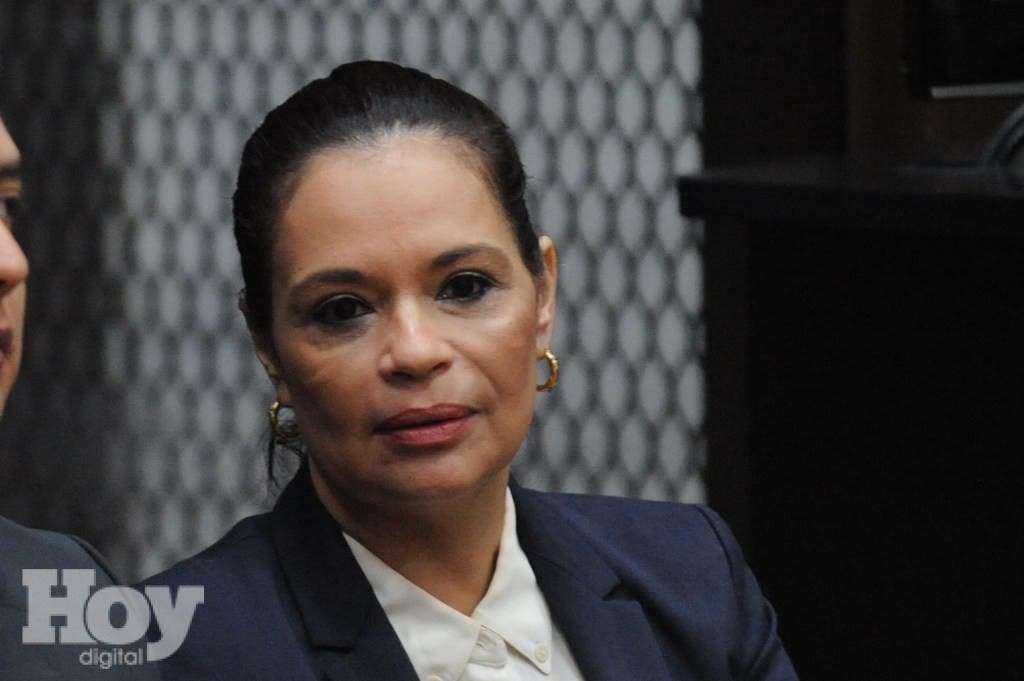 Guatemala's former vice-president Roxana Baldetti is pictured during a hearing in court in Guatemala City on August 24, 2015 after being arrested on corruption charges on Friday. Prosecutors and officials from a UN investigative commission said Friday they had uncovered extensive evidence implicating Guatemalan President Otto Perez and Baldetti in a massive, highly organized scheme to reduce importers' customs duties in exchange for bribes. Baldetti's residence was raided in search for evidence on the massive corruption scandal she is accused of being involved in.  AFP PHOTO / JOHAN ORDONEZ